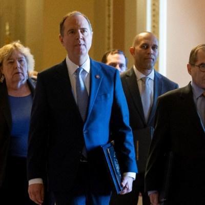 Senado de EEUU inicia de manera formal el juicio político contra Trump