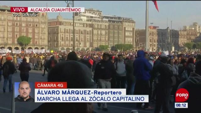 marcha llega al zocalo de la ciudad de mexico
