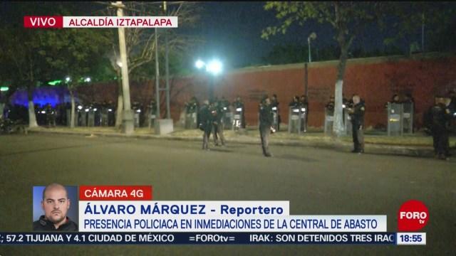 FOTO: movilizacion policiaca en inmediaciones de la central de abasto