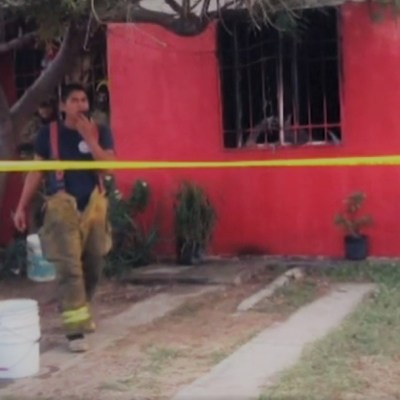 Niños son rescatados de incendio en Bahía de Banderas; sus papás los dejaron solos