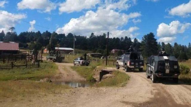 Grupo armado irrumpe en poblado de Chihuahua
