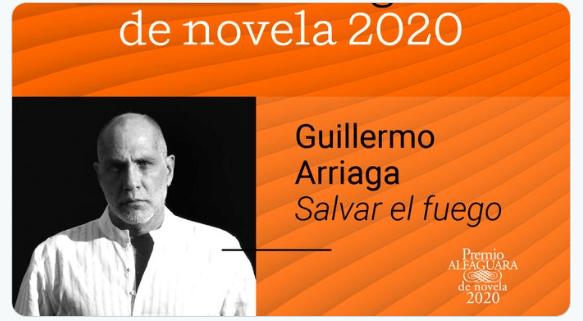 Foto: Guillermo Arriaga gana el Premio Alfaguara 2020 con 'Salvar el fuego'