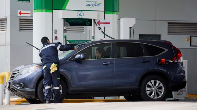 Foto: Profeco reporta 'quién es quién' en los precios de los combustibles