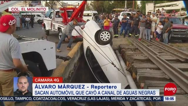FOTO: 11 enero 2020, reabren la circulacion tras caida de vehiculo a canal de aguas negras en naucalpan