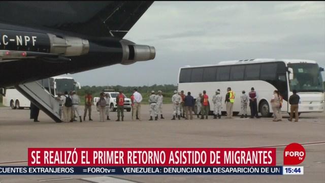 FOTO: realizan retorno asistido de migrantes via aerea