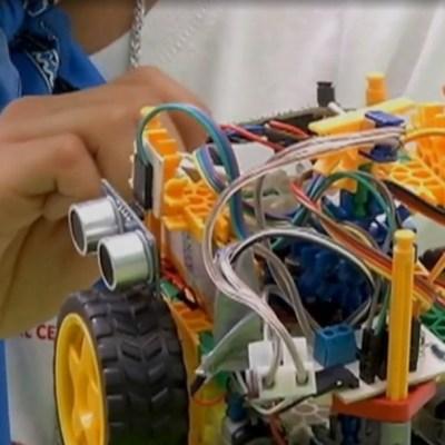 Recomiendan a Reyes Magos acercar a los niños a la robótica