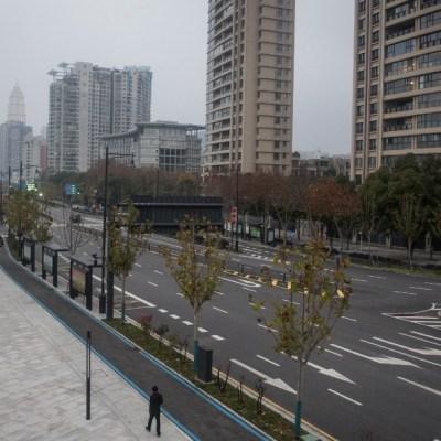 Foto: Residentes de Wuhan cantan y gritan desde su encierro por coronavirus
