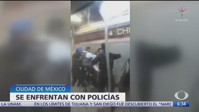 se enfrentan con policias con usuarios del metro en cdmx