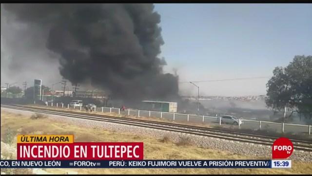 FOTO: se incendia deposito de pet en tultepec