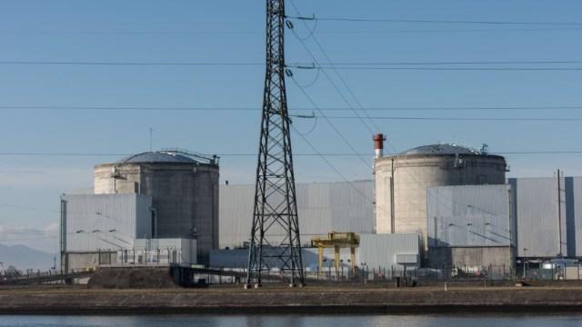 Apagan un reactor de la central nuclear más antigua de Francia