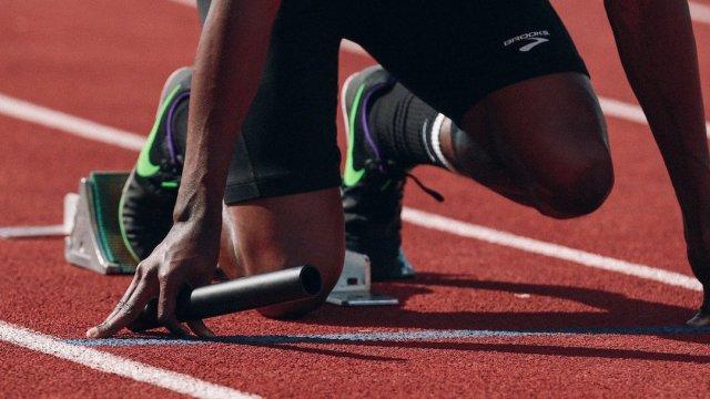Electrolitos no son benéficos para deportistas: estudio