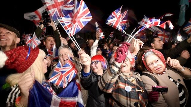 Foto: Partidarios a favor del Brexit celebran después de que Reino Unido abandonó la Unión Europea, 1 FEBRERO 2020