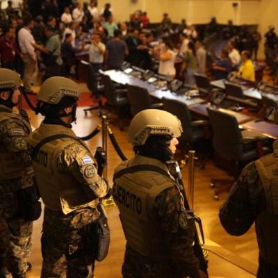 Presidente de Congreso salvadoreño denuncia intento de 'golpe de Estado'