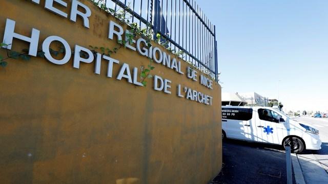 Foto: Vista del Hospital Archet de Niza, donde recibe atención médica tras dar positivo a coronavirus en Francia, 29 febrero 2020