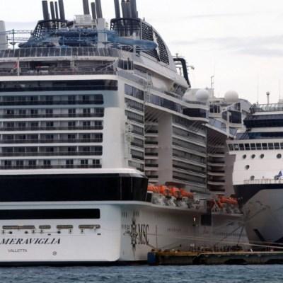 FOTO Desembarcan pasajeros del crucero Meraviglia tras descartarse coronavirus COVID-19 (Cuartoscuro)