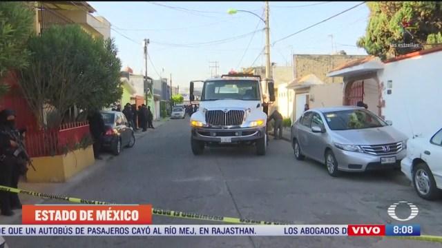 encuentran los cuerpos de 2 mujeres en via publica en ecatepec