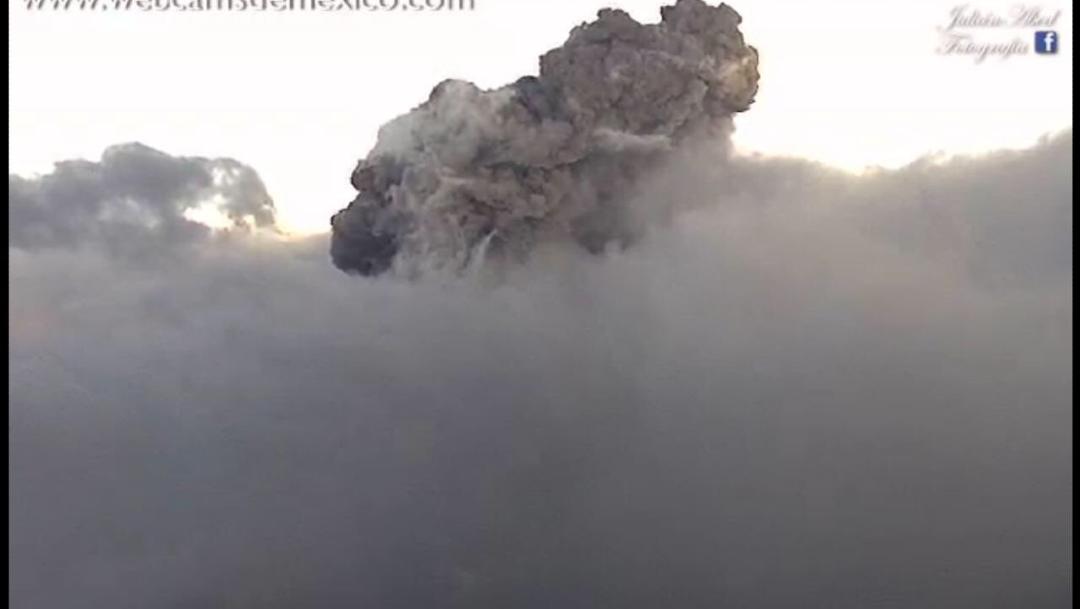 Foto: Nueva explosión del Popocatépetl alcanza mil 500 metros de altura, 5 de febrero de 2020, (Webcams de México)