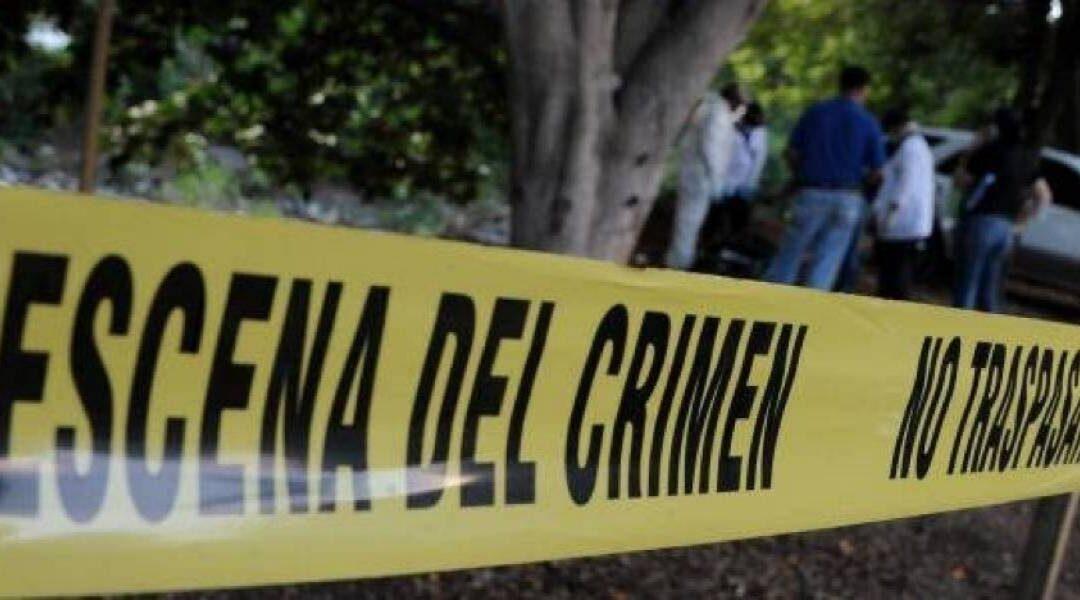 Grupo armado irrumpe fiesta clandestina en Tlalnepantla