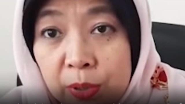 Foto: Esperma podría embarazar a mujeres en alberca, dice comisionada en Indonesia