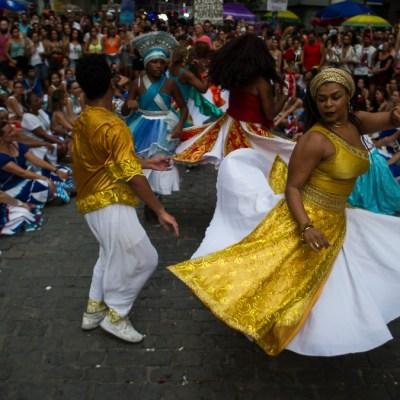 Foto: Bailan en las calles de Río de Janeiro, Brasil. Getty Images