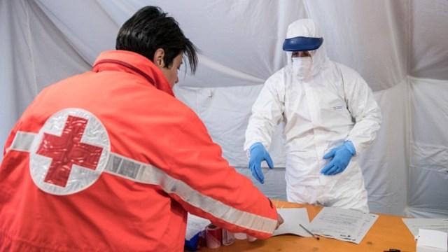 Medicamento contra ébola sería efectivo para tratar el coronavirus