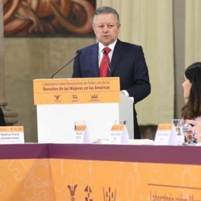 Tipo penal del feminicidio no puede desaparecer, advierte Arturo Zaldívar