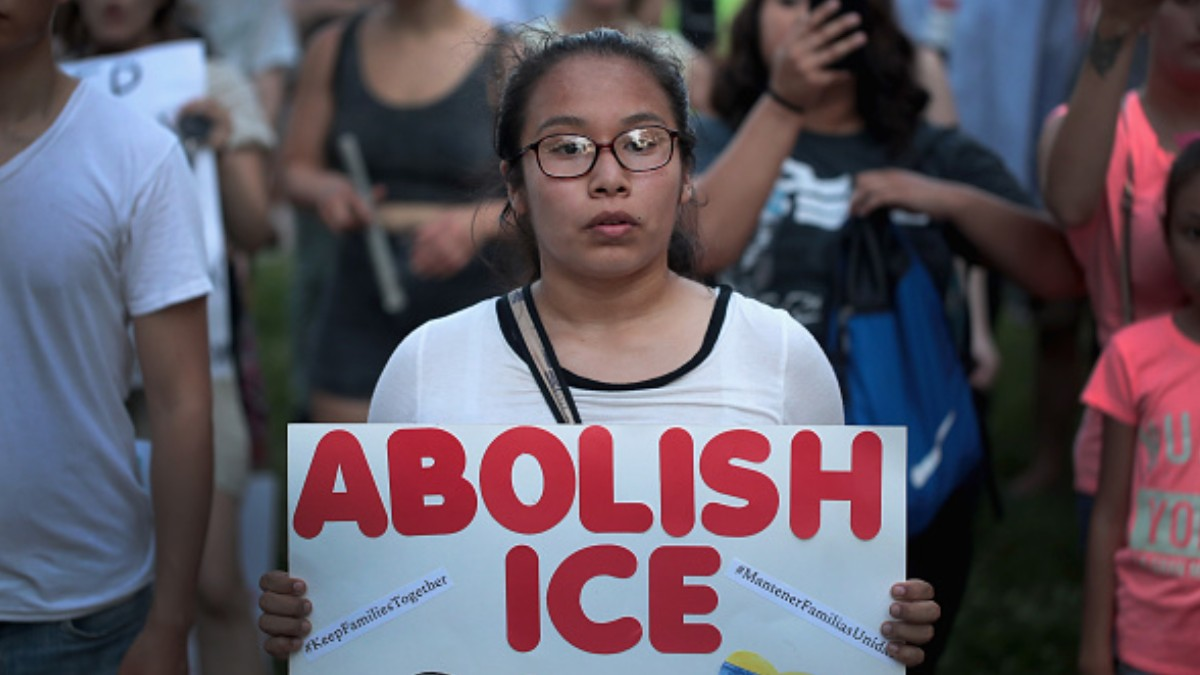 Foto: Protestan en calles de Chicago, EEUU, contra la agencia ICE. Getty Images