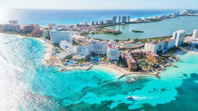 Foto: Iniciativa de AMLO de eliminar fines de semana largos afectaría al turismo de negocios, 5 de febrero de 2020, (Getty Images, archivo)