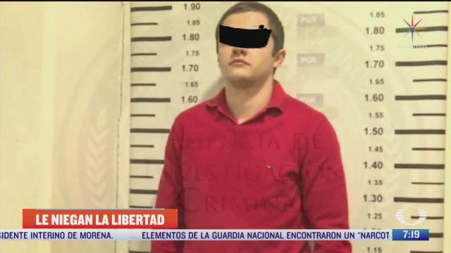 juez federal de estados unidos decide mantener en prision al menchito