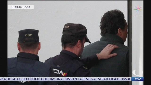 nuevas imagenes de emilio lozoya llegando a audiencia en madrid