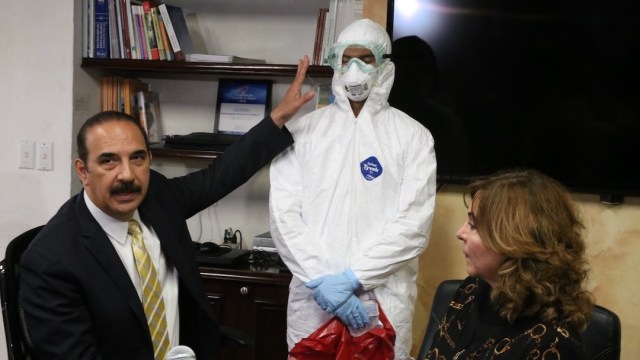 traje-especial-coronavirus-Nuevo-Leon-Secretaria-Salud