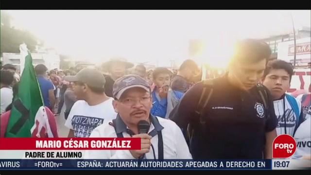 FOTO: 16 Febrero 2020, padres de normalistas de ayotzinapa denuncian represion en chiapas