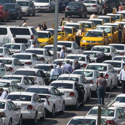 FOTO: Promueve senador iniciativa para poner en orden a taxis de aeropuertos, el 16 de febrero de 2020