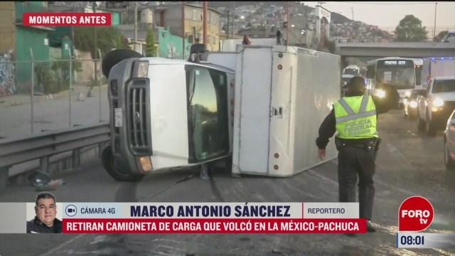 retiran camion de carga que volco en la mexico pachuca