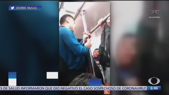 usuarios del metro se enfrentan a golpes