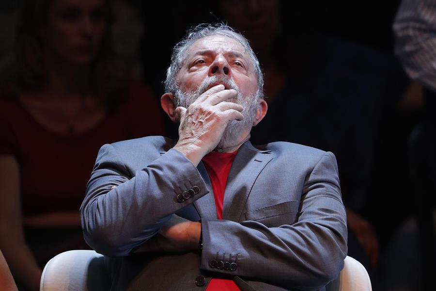 Imagen: Lula se disculpó con China por dichos del hijo de Jair Bolsonaro, 22 de marzo de 2020 (EFE)