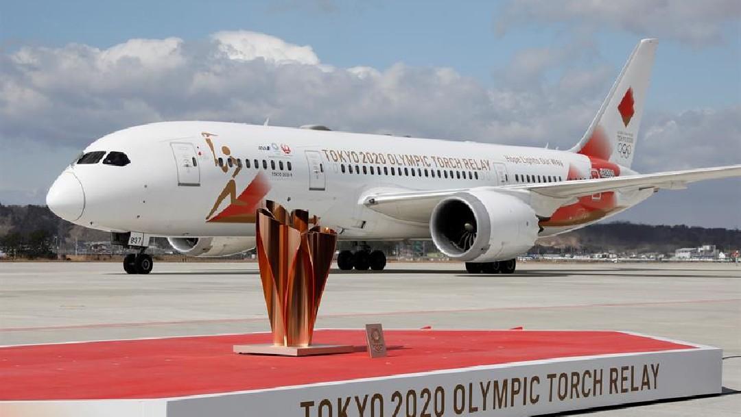 Foto: Antorcha de los Juegos Olímpicos de Tokio 2020 aterriza en Japón, 19 de marzo de 2020, (EFE)