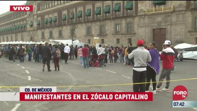 artesanos se manifiestan frente a palacio nacional en cdmx