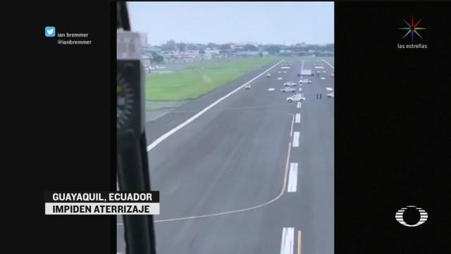 Foto: Autoridades Guayaquil Impiden Aterrizaje Vuelo Madrid España 19 Marzo 2020