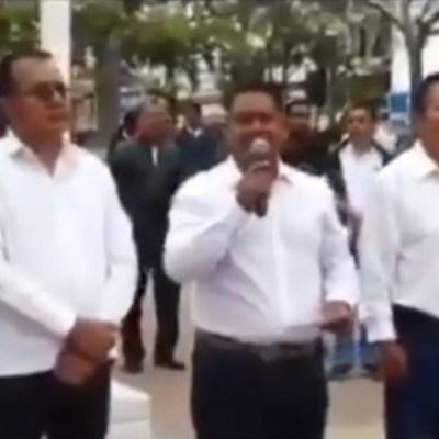 Alcalde de Cintalapa se burla del paro de mujeres 9M