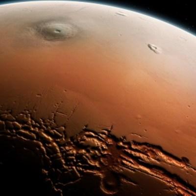 NASA captura imagen de Marte con mil 800 millones de píxeles