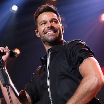 Ricky Martin llama