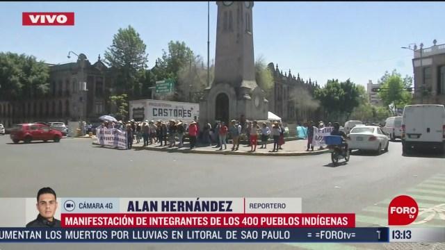FOTO: integrantes de los 400 pueblos protestan en frente del edificio de segob