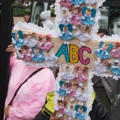 AMLO decreta pensión vitalicia para víctimas de Guardería ABC