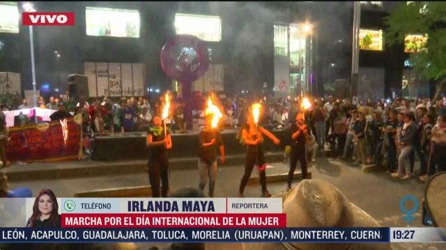 FOTO: 8 marzo 2020, mujeres continuan en la zona del zocalo tras marcha