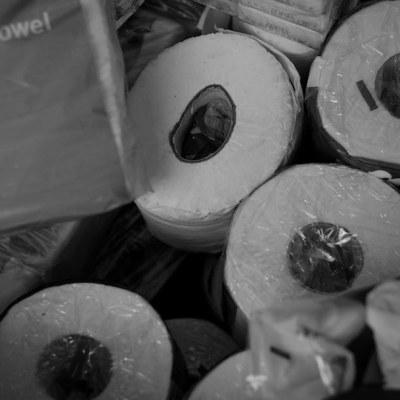 Video: Compras de pánico por coronavirus desencadena pelea por papel higiénico en Australia