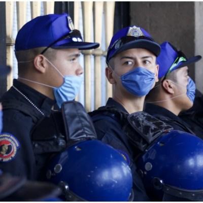 Imagen: Tres policías de la CDMX son investigados como probables portadores de COVID, 28 de marzo de 2020 (ANDREA MURCIA/CUARTOSCURO.COM)