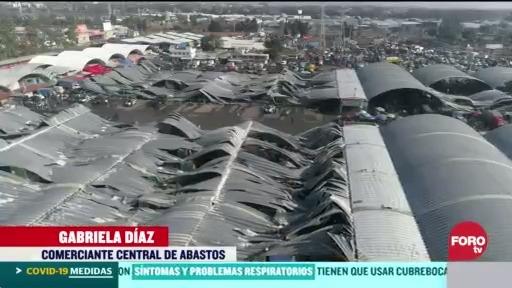 FOTO: 22 marzo 2020, reubicaran a comerciantes de la central de abasto tras colapso de techo