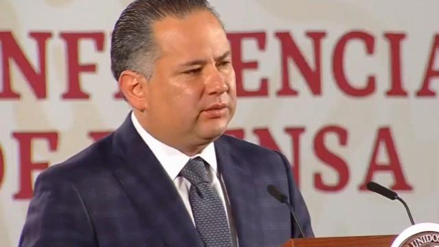 FOTO Desmantela UIF red de trata de personas y bloquea sus cuentas; en la imagen,Santiago Nieto (YouTube/Gobierno México)