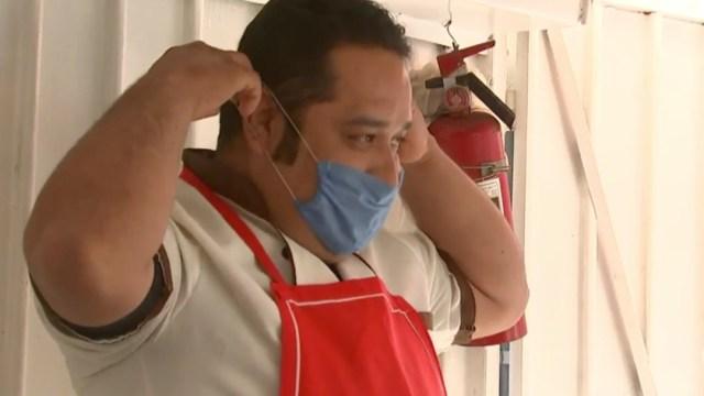 Don José, el taquero que trabaja a pesar del coronavirus en la CDMX